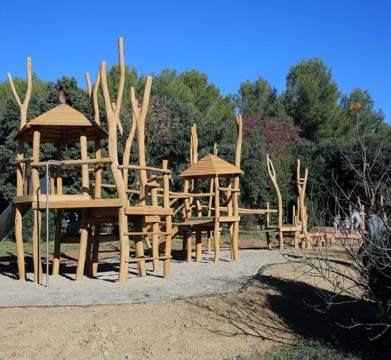 Portique en bois pour le jardin